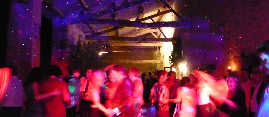 dj soirée sonorisation éclairage light musique animation bordeaux paris vidéo yanisTexier sono ambiance fête